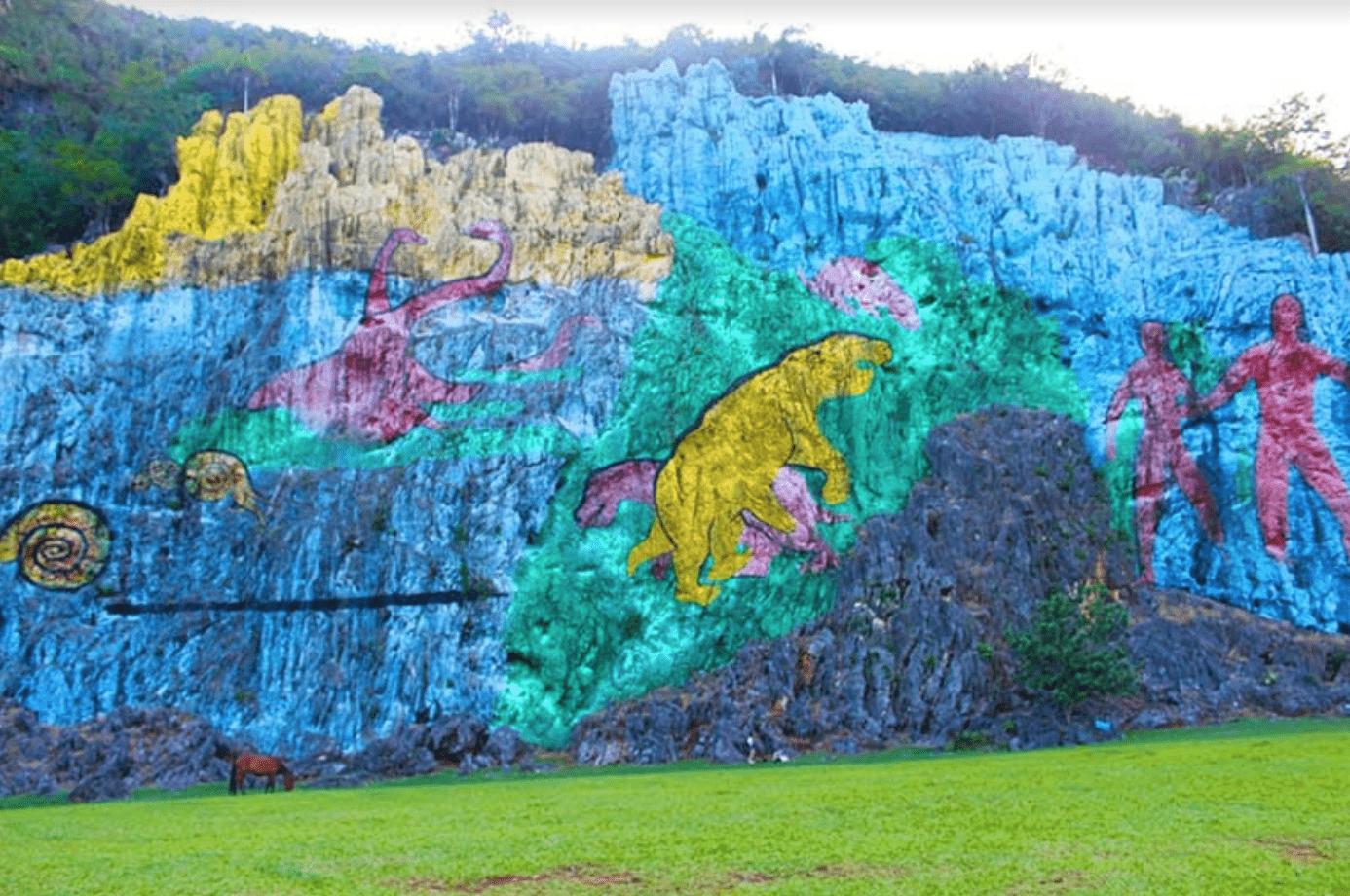 mural prehistoria Viñales